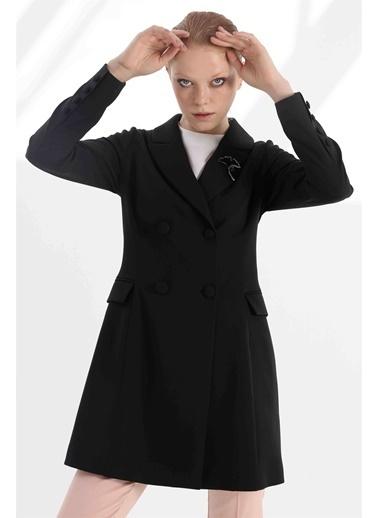 Vivencia Broş Detaylı Desenli Astarlı Kadın Ceket  Siyah